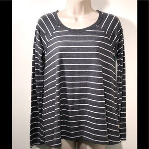 🆕 HOLLISTER GREY AND WHITE STRIPED TUNIC